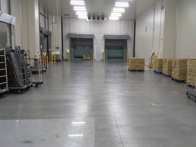 倉庫内の様子3